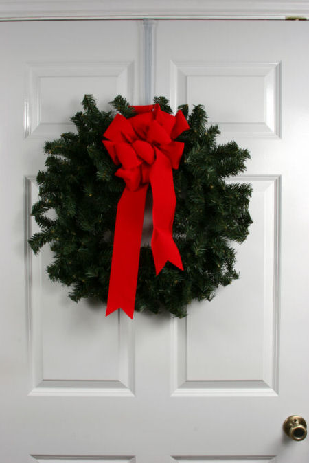 plain door wreath 450